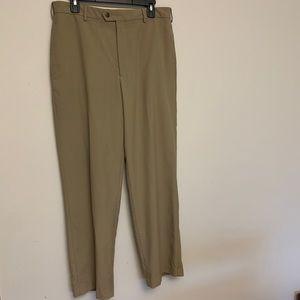 Van Heusen khaki colored dress pants Sz 32x32